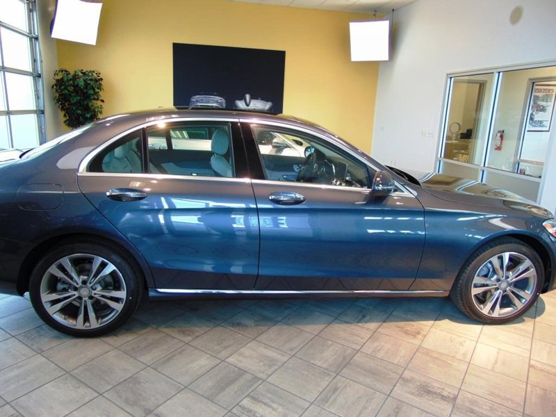 Used 2016 Mercedes-Benz C 300 in Medford, OR - 441730672 - 1