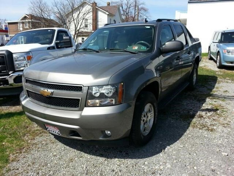 Used 2007 Chevrolet Avalanche in East Palestine, OH - 397988292 - 1