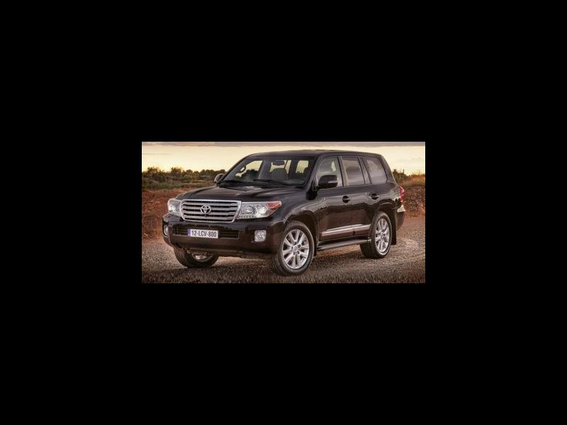 New 2018 Toyota Land Cruiser in North Dartmouth, MA - 482037496 - 1