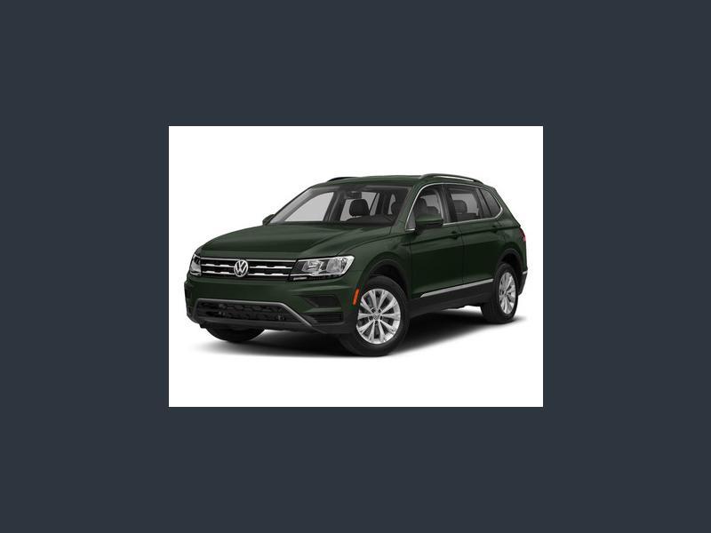 New 2018 Volkswagen Tiguan in WATERLOO, IA - 480811186 - 1